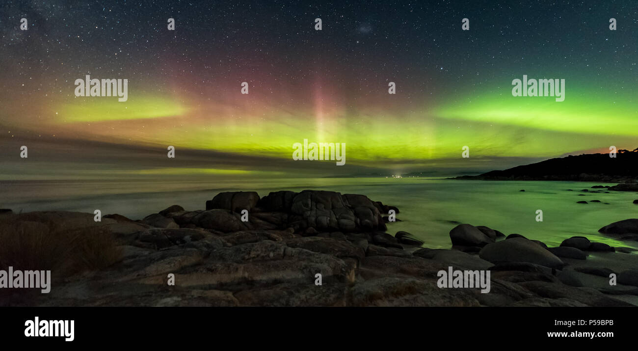 Double Arc Aurora Australis Stockbild