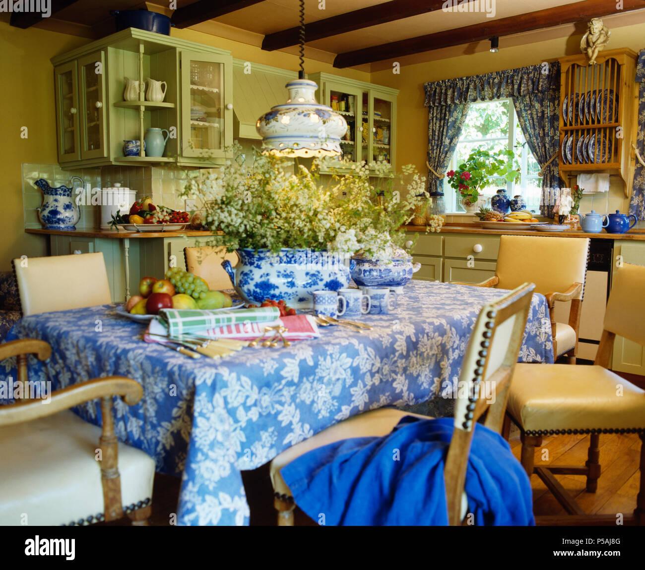Soft Furnishing Uk Stockfotos & Soft Furnishing Uk Bilder - Alamy