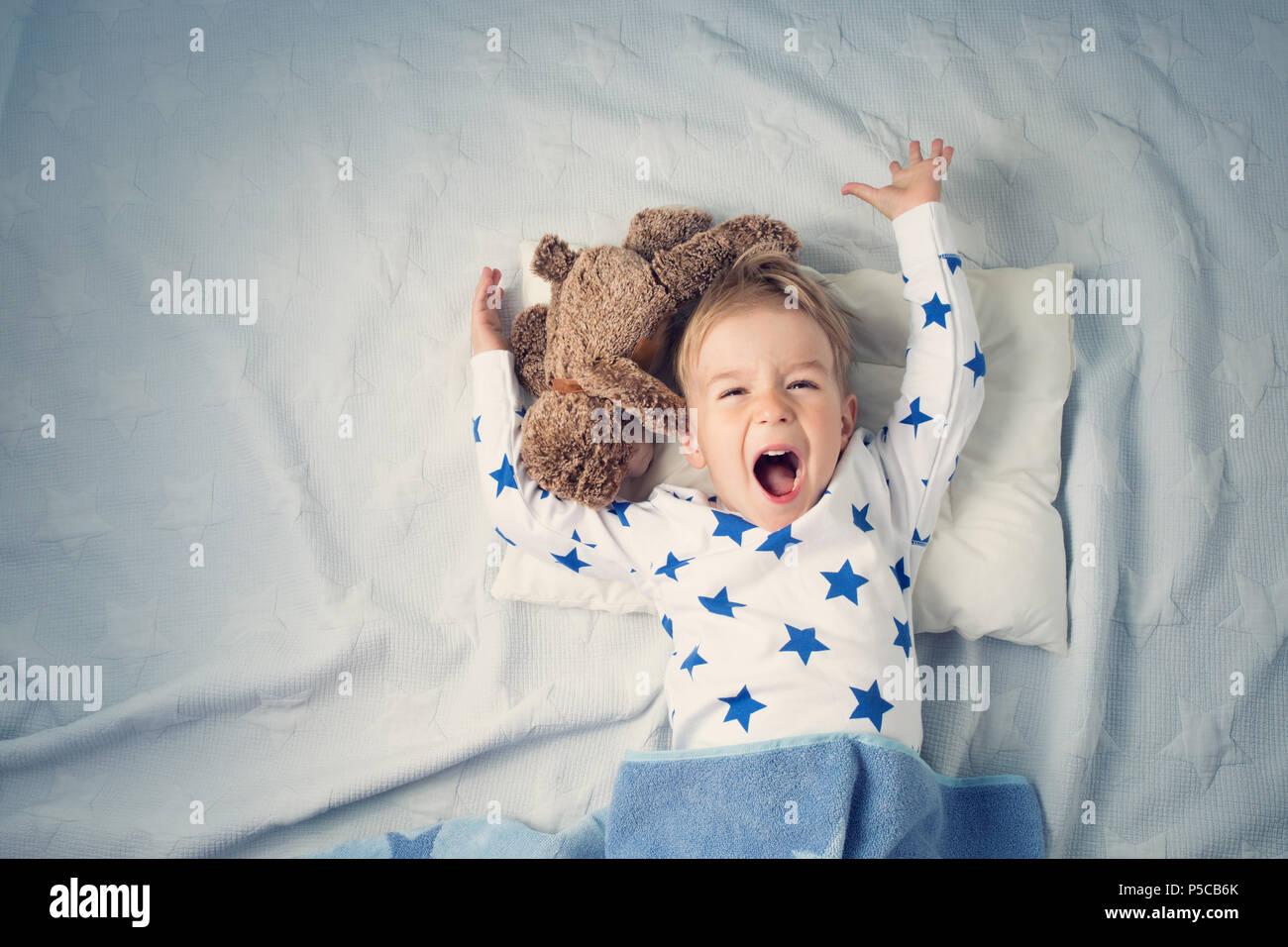 1 Jahr altes Baby weint Stockbild