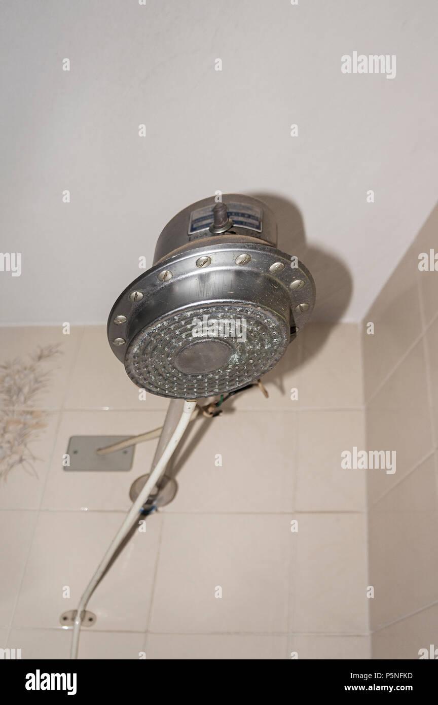 Dusche, Heizung, Badezimmer Fliesen Architektur Stockfoto, Bild ...