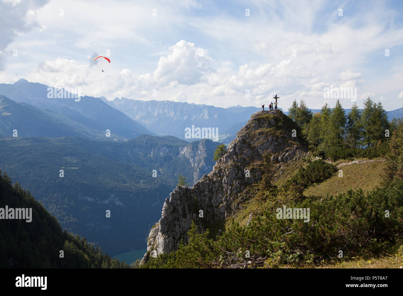 Klettersteig Jenner : Klettersteig am jenner im berchtesgadener land mit gipfelkreuz
