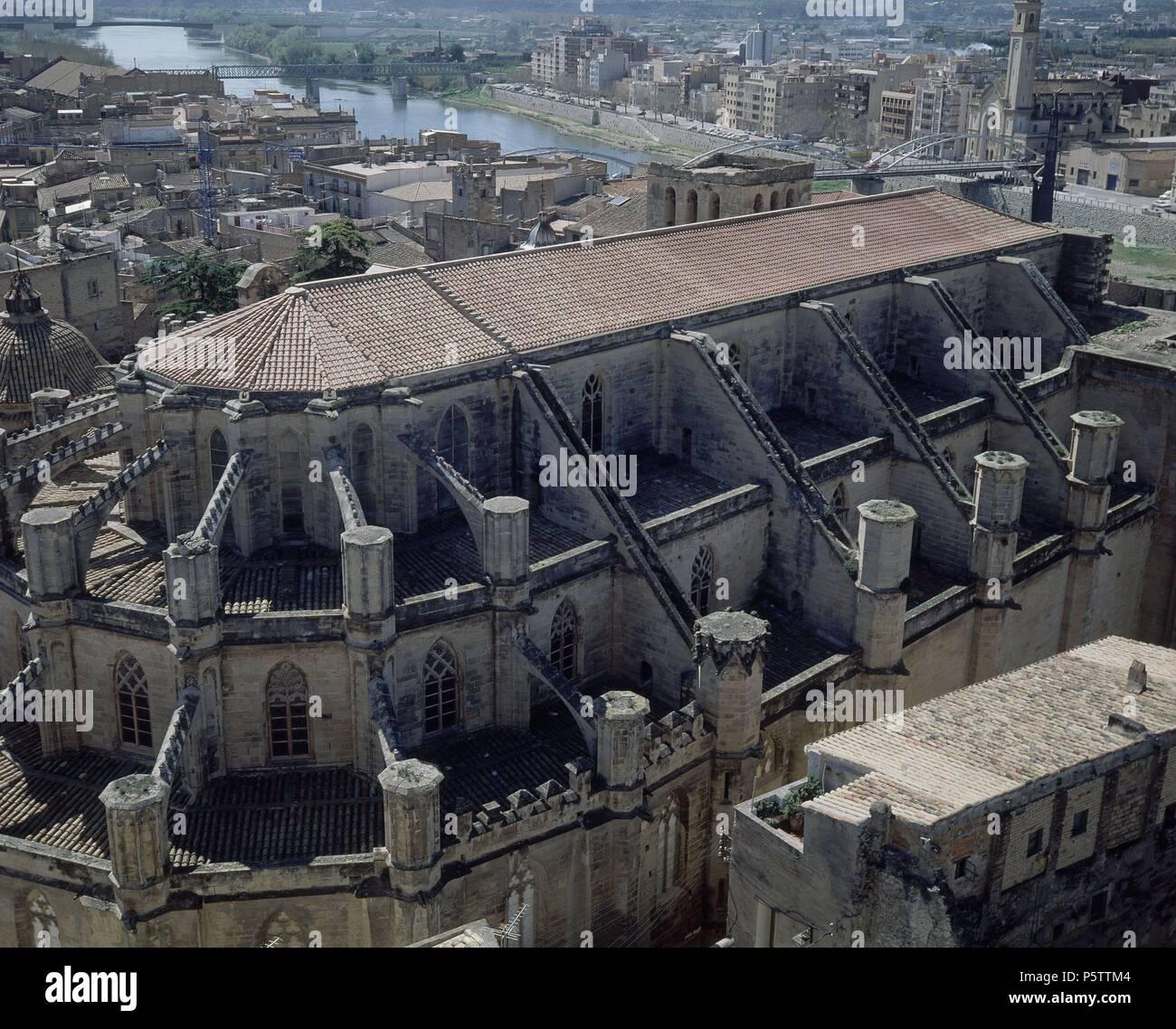Exterieur - VISTA ALLGEMEINE DESDE ARRIBA - ACABADA EN S XVIII-GOTICA. Autor: Bernat Dalguaire (14 Prozent). Lage: Catedral, TORTOSA, Tarragona, Spanien. Stockbild