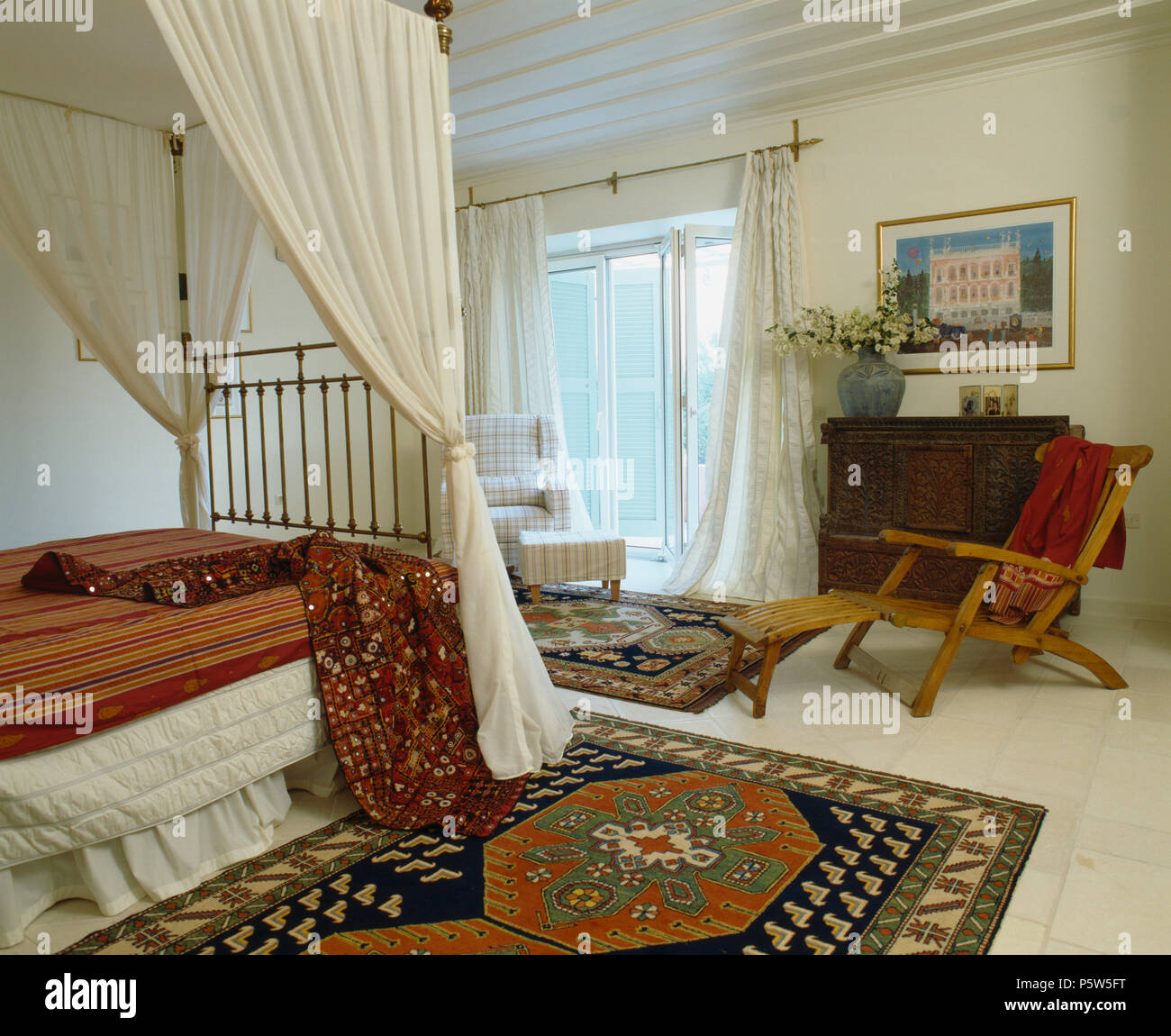 Furniture Beds Soft Furnishings Rugs Stockfotos & Furniture Beds ...
