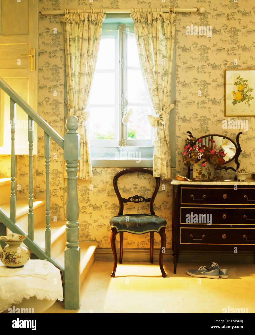 tapeten schlafzimmer landhausstil. Black Bedroom Furniture Sets. Home Design Ideas