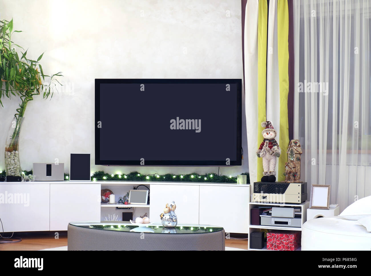 Weihnachtsbeleuchtung Wohnzimmer.Große Tv Innen Modernes Wohnzimmer Interieur Mit