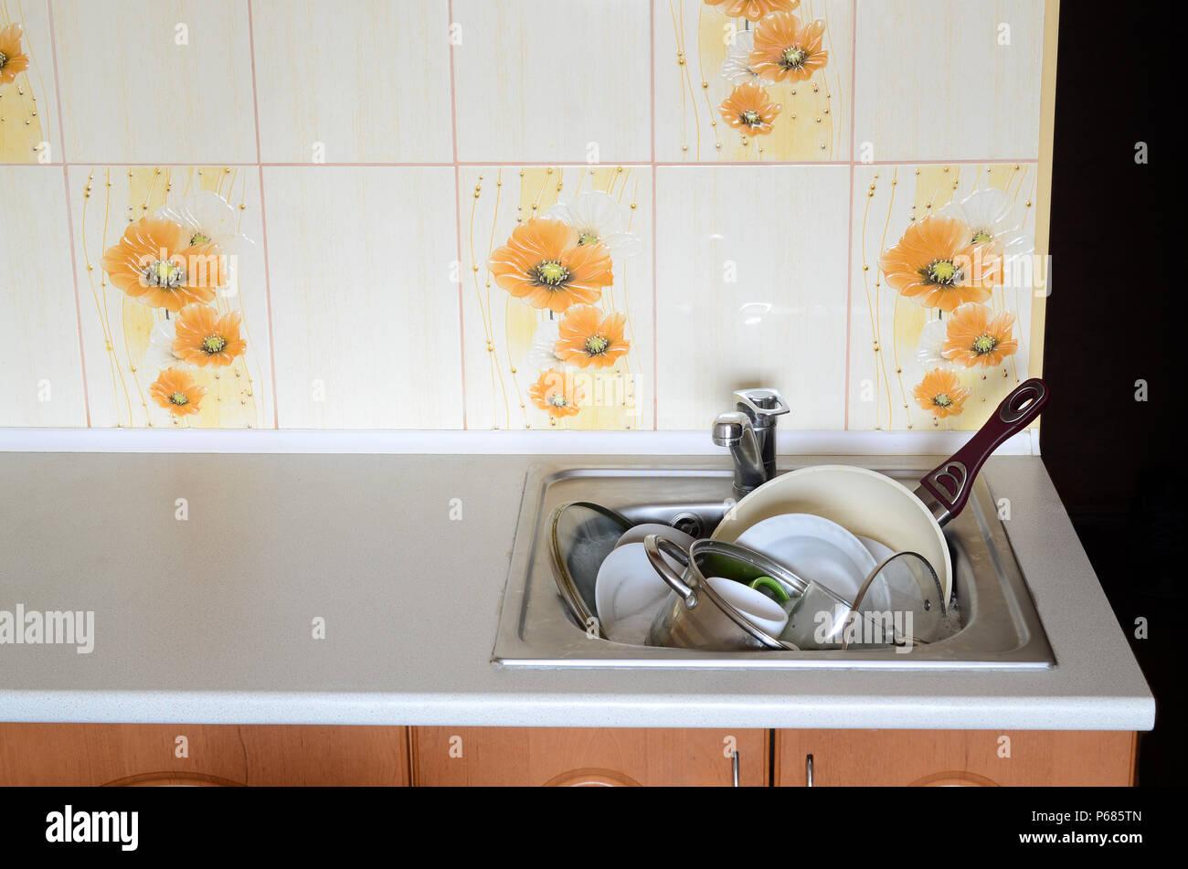 Großzügig Küchenspüle Wein Ideen - Küchen Ideen Modern ...