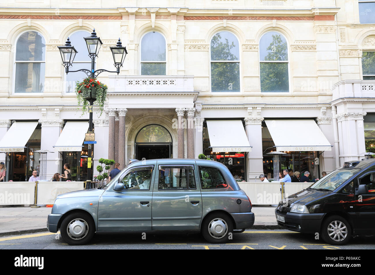 Restaurant Gusto auf die neu gestaltete Grand Hotel auf Colmore Row, in Birmingham Business District, in den West Midlands, Großbritannien Stockbild