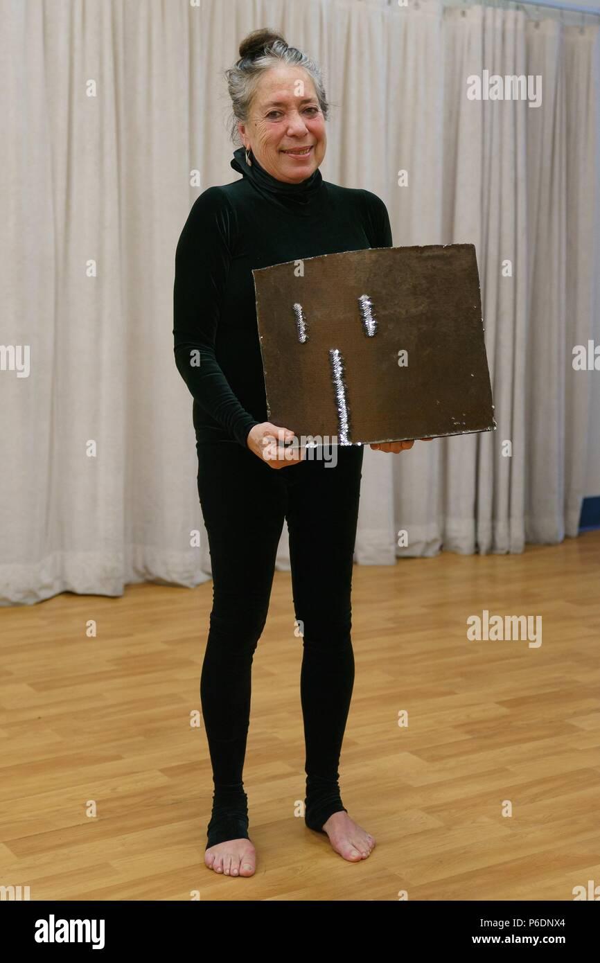 """New York, NY, USA. 29 Juni, 2018. Floriana Frassetto anwesend für mummenschanz Debüt neue Show """"Du und Ich"""", Pearl Studios, New York, NY 29. Juni 2018. Credit: Jason Smith/Everett Collection/Alamy leben Nachrichten Stockfoto"""