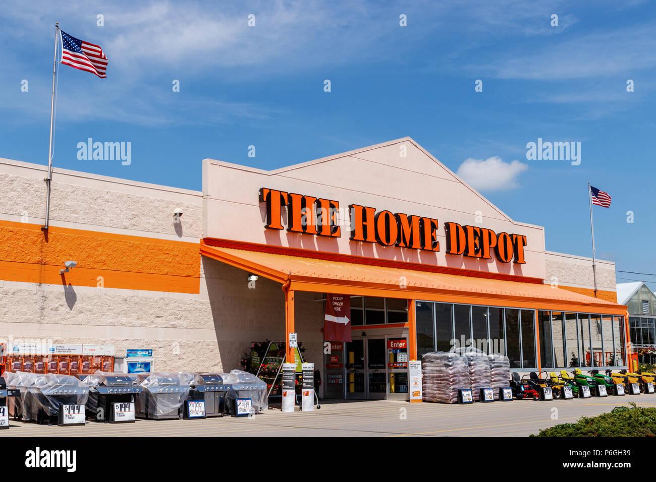 Ft Wayne Ca Juni 2018 Home Depot Ort Fliegen Die Amerikanische