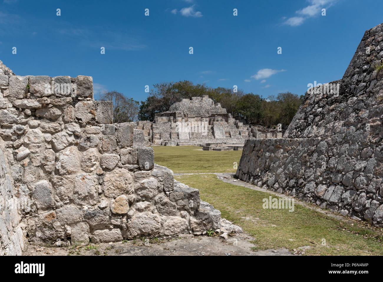 Die Ruinen der antiken Stadt Edzna in der Nähe von Campeche, Mexiko Stockbild