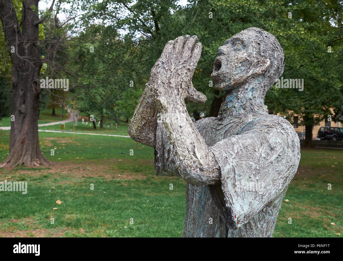 """Die Skulptur """"Nermine, do?i"""" von Bildhauer Mensud Ke?o, Veliki (große) Park, Sarajevo, Bosnien und Herzegowina. Stockbild"""