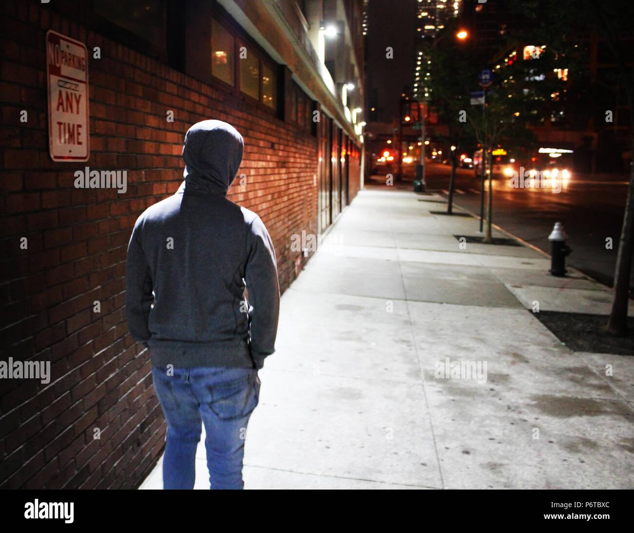 Allein mit seinen Gedanken in New York Stockbild