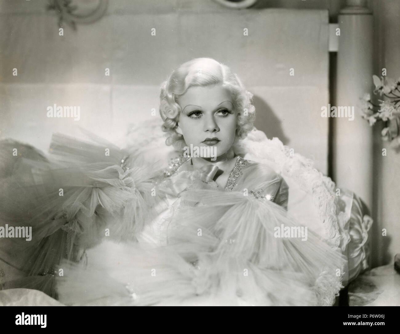 1940s Dress Stockfotos & 1940s Dress Bilder - Alamy