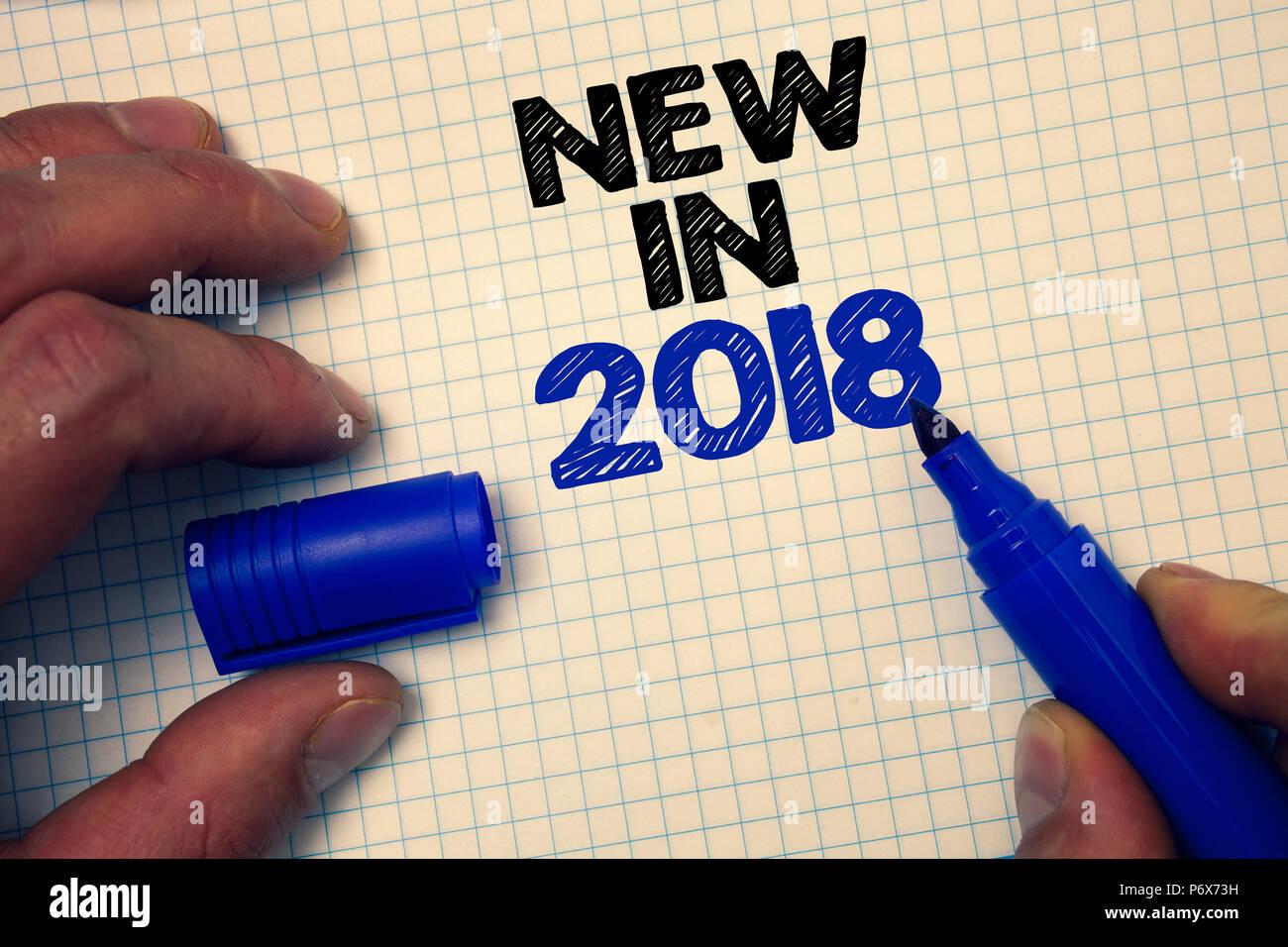 text zeichen zeigt neue in 2018 konzeptionelle foto upcoming jahr aufl sung werbung neue. Black Bedroom Furniture Sets. Home Design Ideas