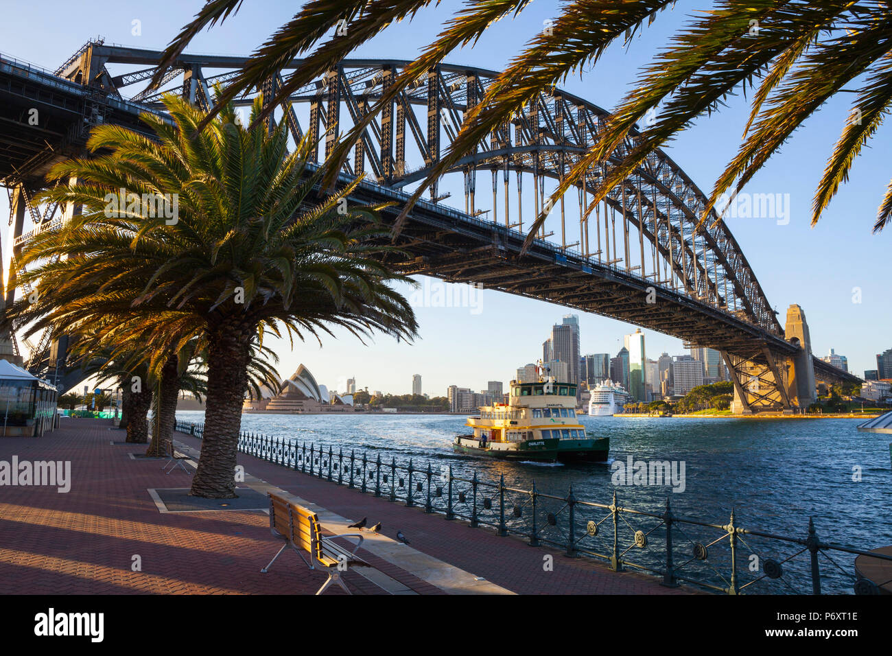 Die Harbour Bridge, Darling Harbour, Sydney, New South Wales, Australien Stockbild