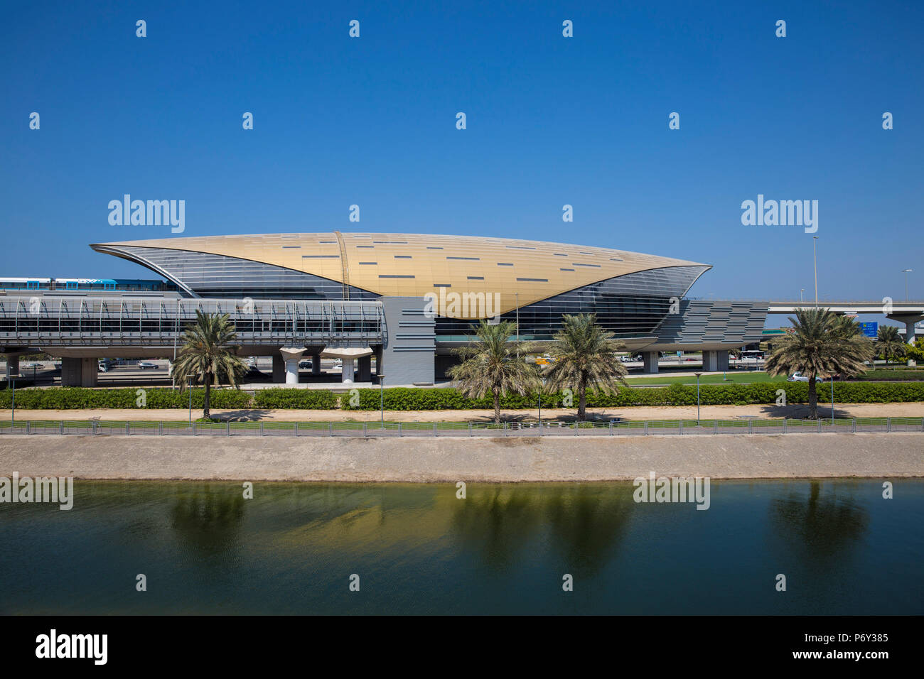 Vereinigte Arabische Emirate, Dubai, Mall of the Emirates U-Bahn Station Stockbild