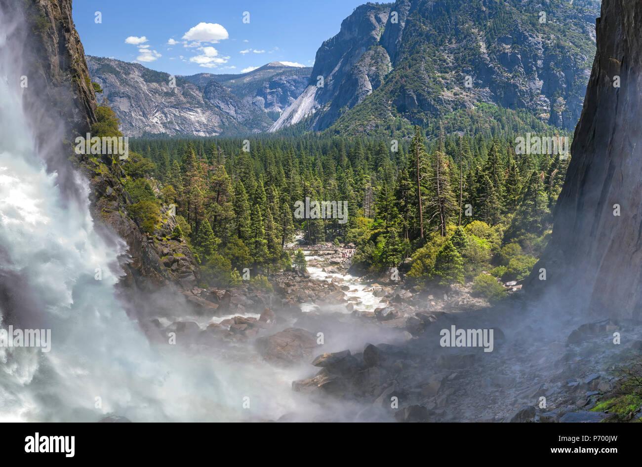 Unteren Yosemite Falls Panorama Stockbild