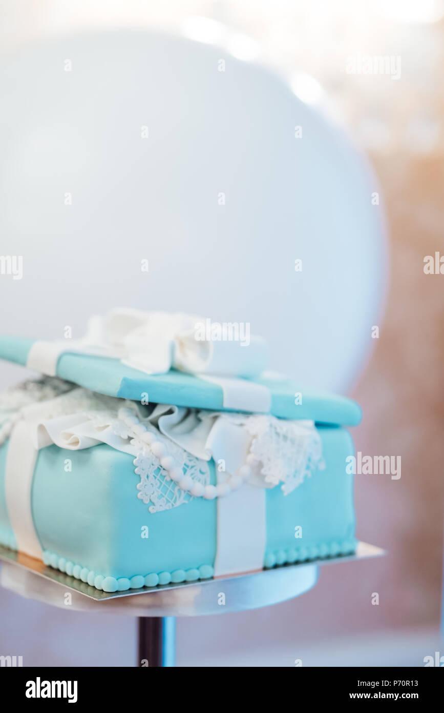 Hochzeitstorte Mit Turkis Kuchen Im Tiffany Stil Stockfoto Bild
