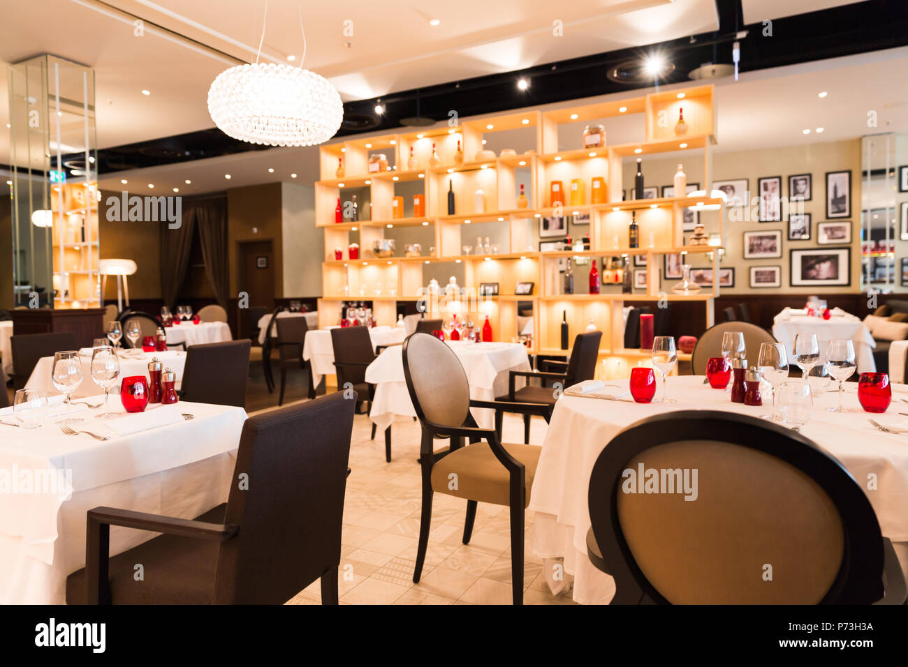Interior Decoration Restaurant Stockfotos & Interior Decoration ...