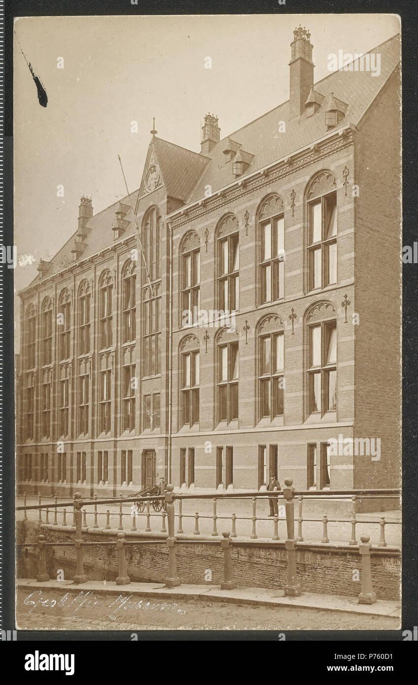 . Nederlands: Geologisch Museum. Nederlands: -. 1. Januar 1860 172 Obreen, Henri Guillaume Arnaud Geologisch Museum ErfgoedLeiden LEI 001006211 Stockbild