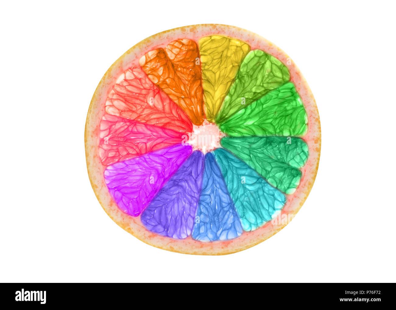 Regenbogenfarbige citrus Slice auf weißem Hintergrund Stockbild