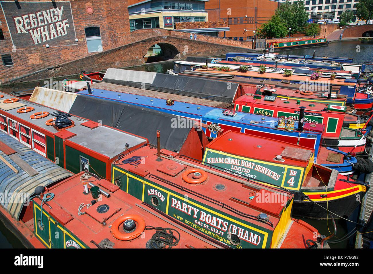 Birmingham, Vereinigtes Königreich: 29. Juni 2018: Regency Wharf bei Gas Street Basin. Die wiederhergestellten Kanalsystem in Birmingham Central ist ein National Heritage Landmark. Stockbild