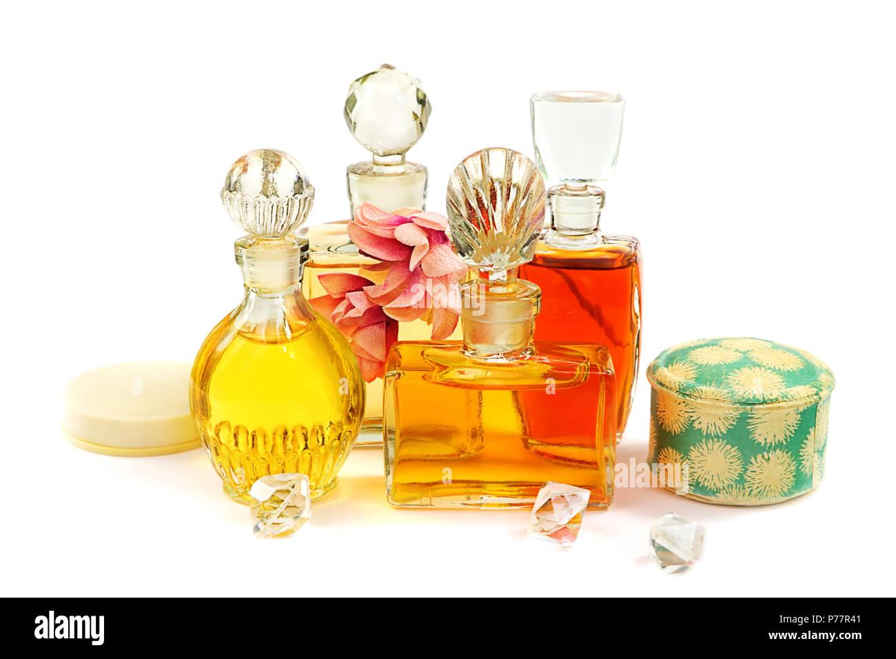 fraktion der vintage parfum flaschen mit der glasstopfen kosmetische pulver in der alten box. Black Bedroom Furniture Sets. Home Design Ideas