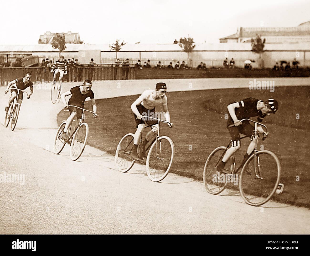Zwei Meile Herausforderung Radrennen, Anfang 1900 s Stockbild