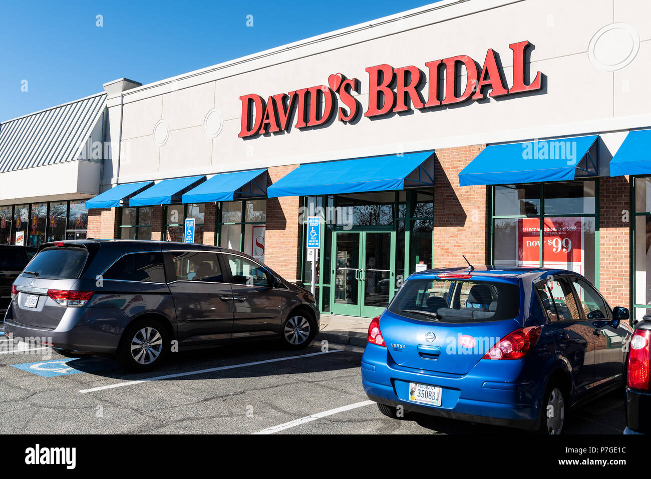 Car Showroom Usa Stockfotos & Car Showroom Usa Bilder - Alamy