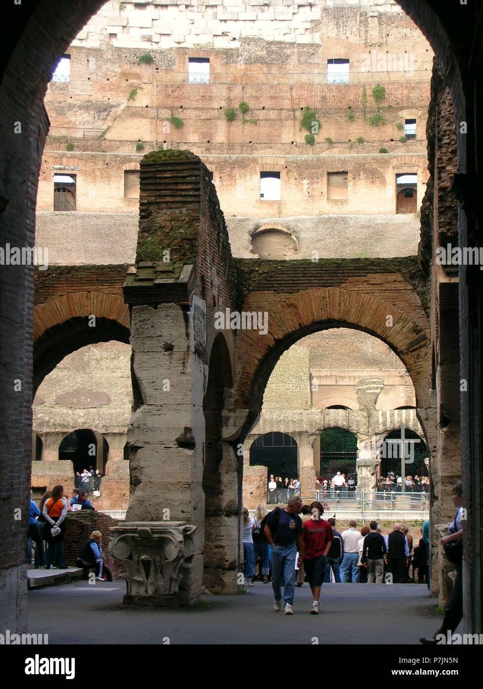 Innenraum Del Coliseo Romano Construido En El Siglo I Lage