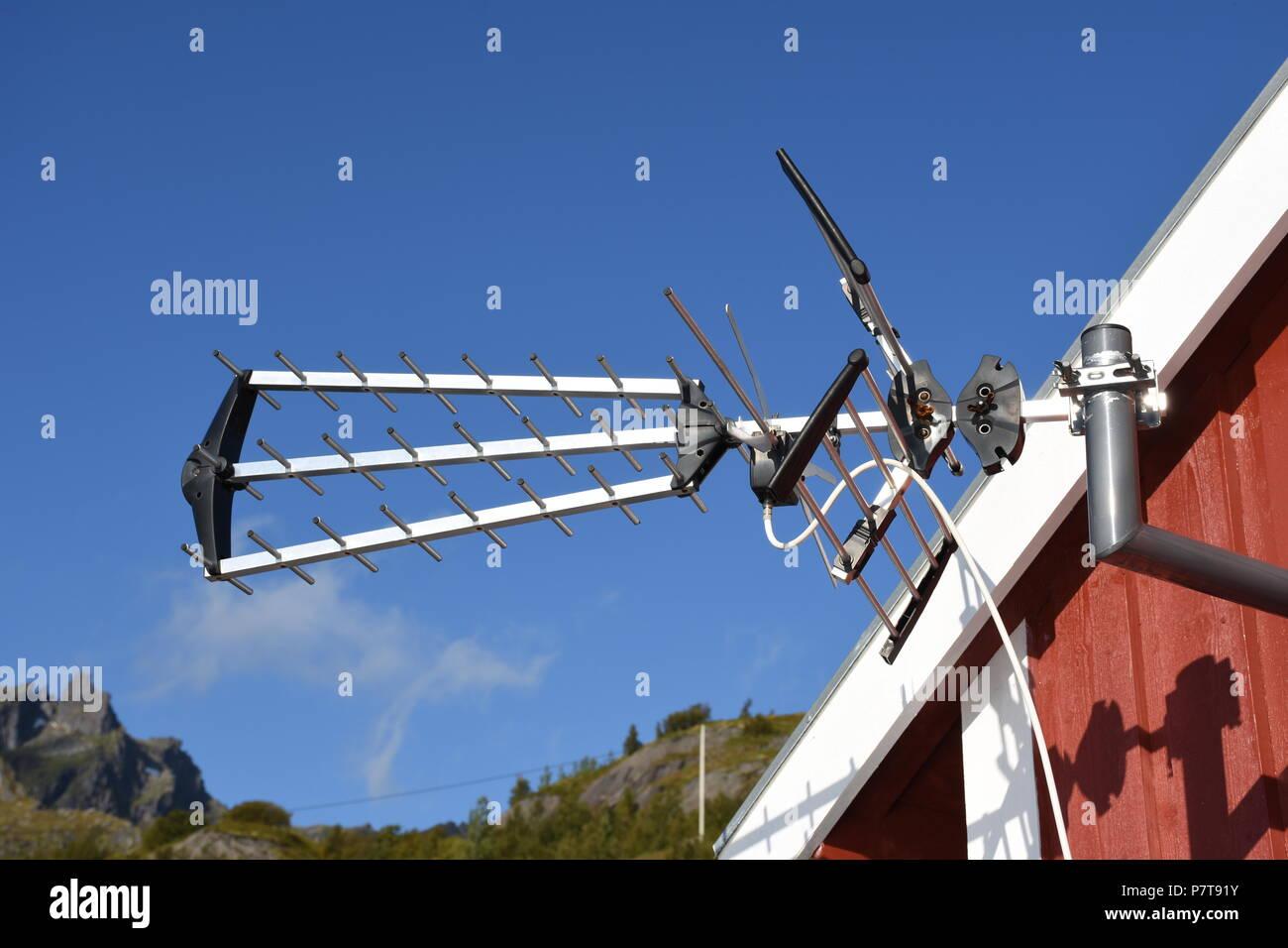 Antenne, TV, Fernsehen, Fernsehantenne, UHF, Richtantenne, Norwegen, Lofoten, Skandinavien, Yagi, Yagi Antenne, DVB-T, DVB-T2 Stockbild