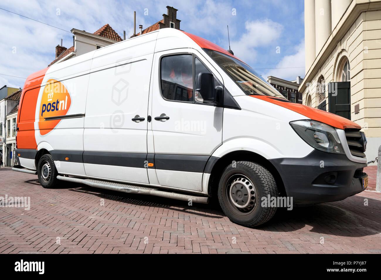 Y Van Postnl Liefern Postnl Ist Ein Brief Paket Und E Commerce