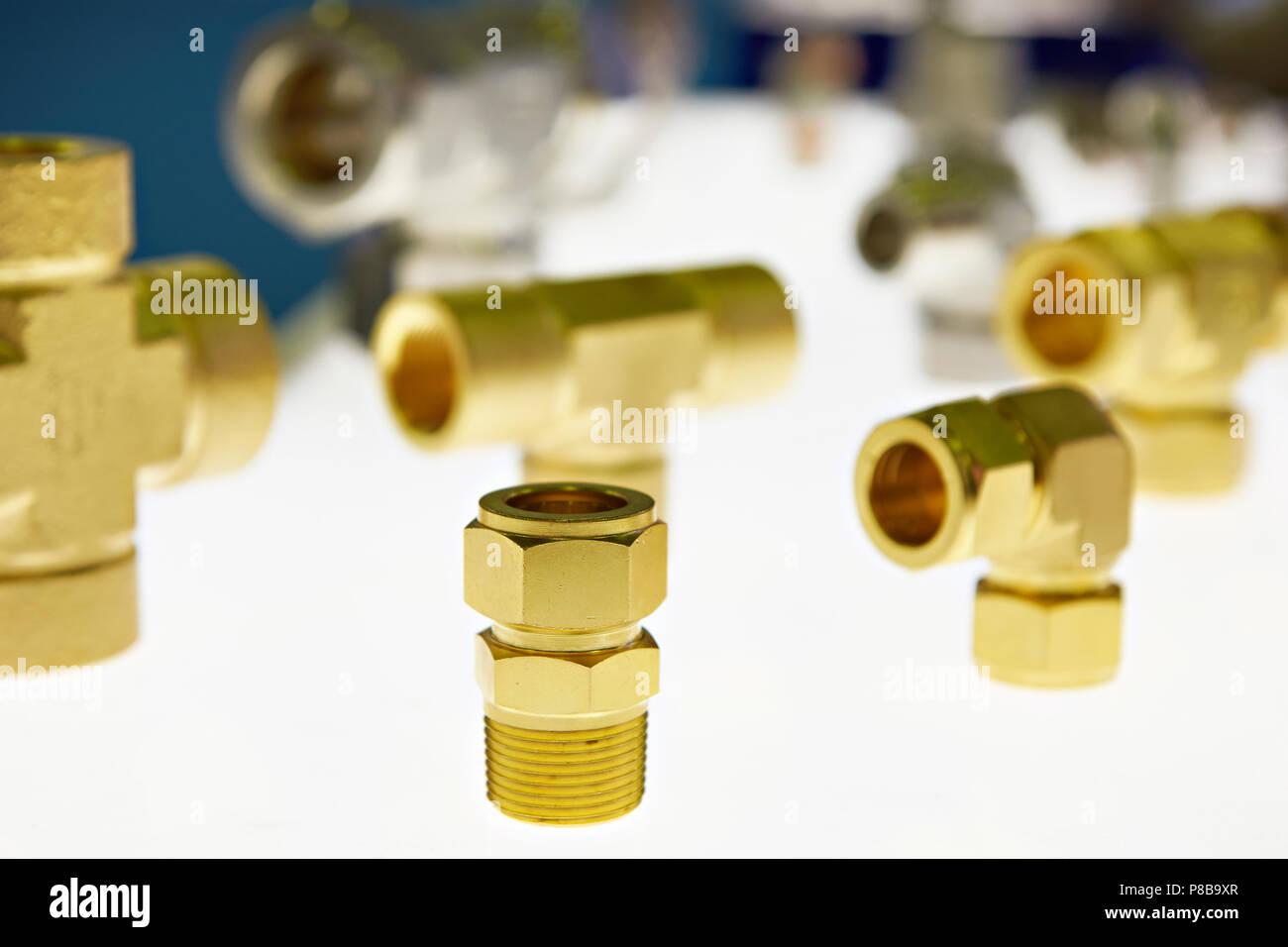 Messing Armaturen Fur Ol Und Gasindustrie Stockfoto Bild