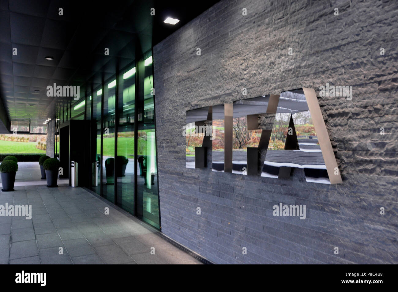 fifa logo stockfotos fifa logo bilder alamy. Black Bedroom Furniture Sets. Home Design Ideas