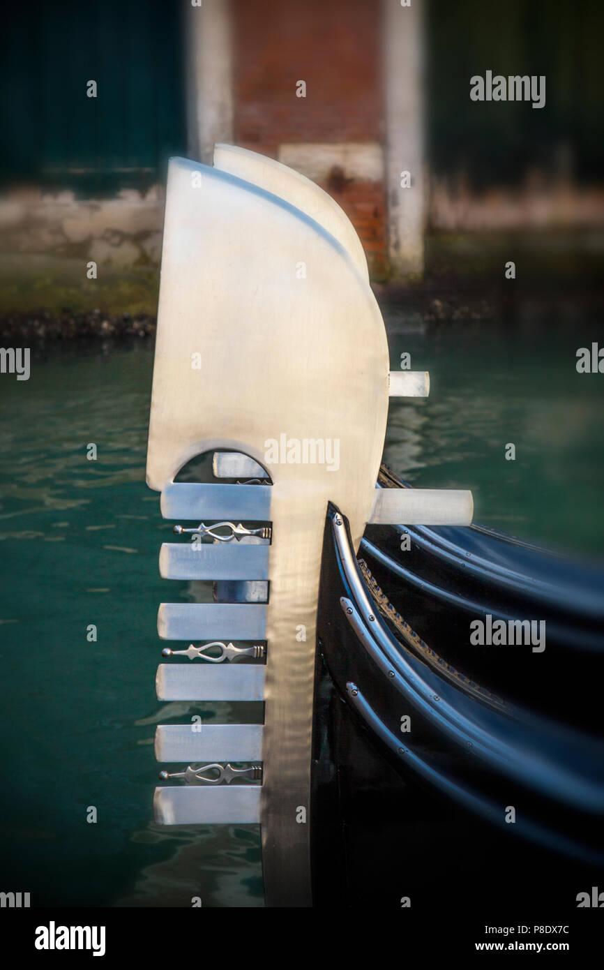 Nahaufnahme einer Gondel in Venedig, Italien Stockbild