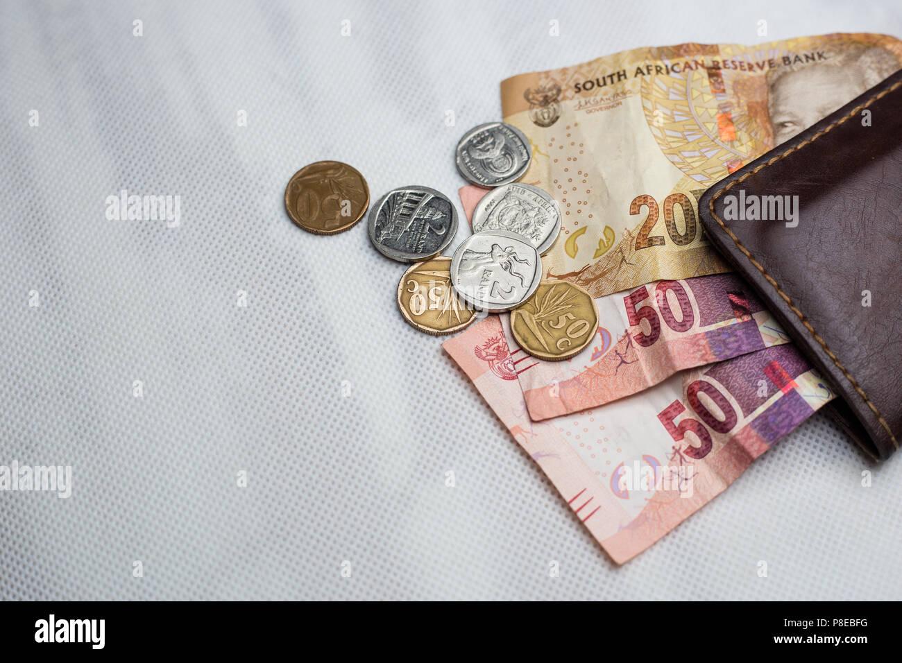 Südafrikanische Geld Münzen Und Banknoten Mit Braunen Mappe