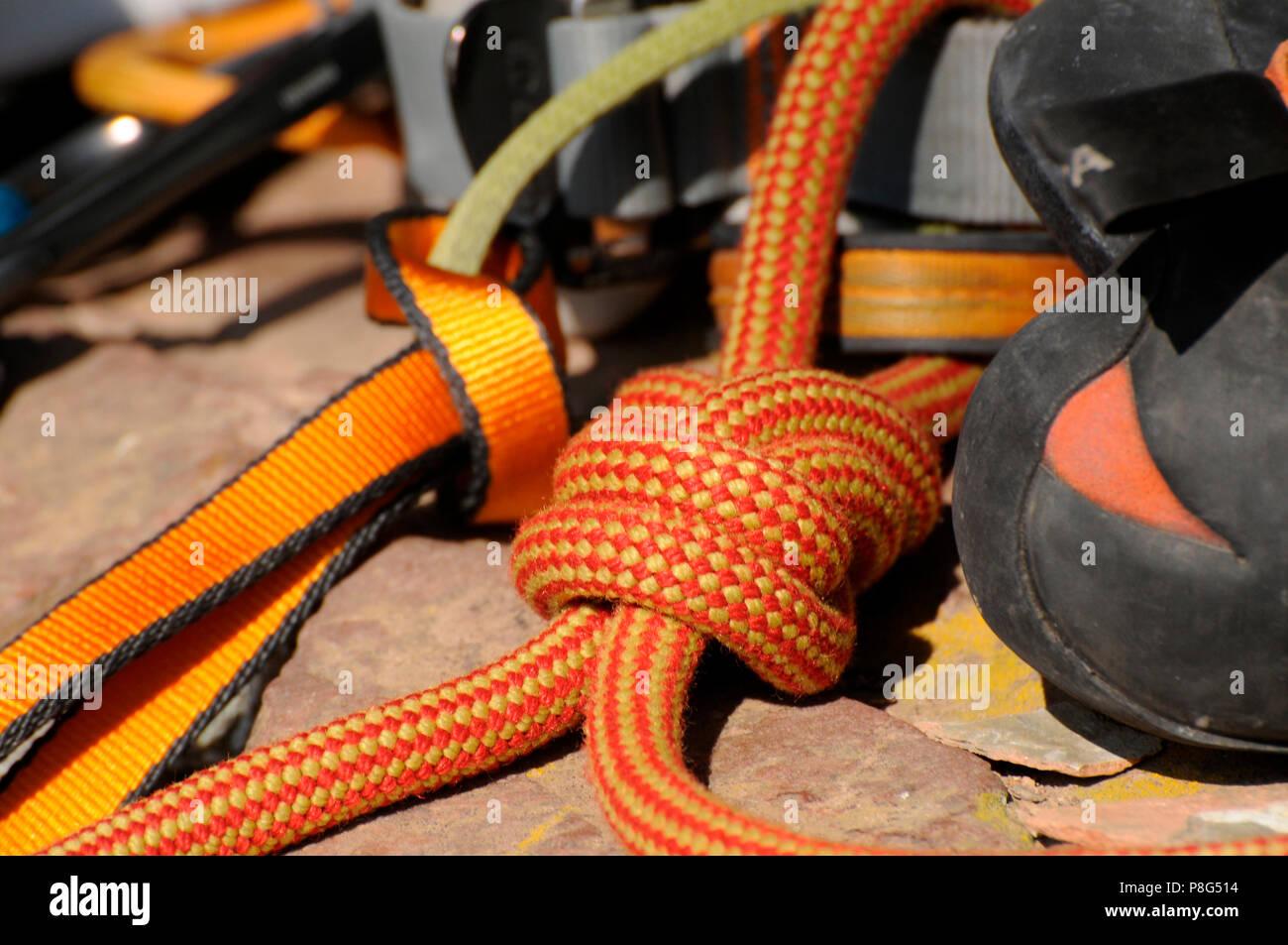 Klettergurt Englisch : Webbing harness stockfotos & bilder alamy
