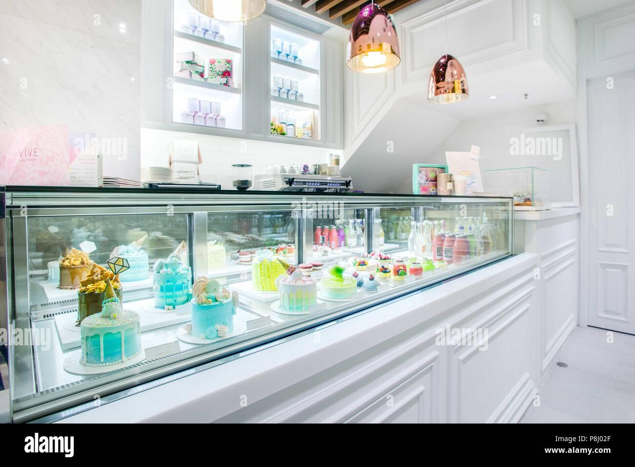 GroBartig Kuchen Theke, An Der Lokalen Kuchen Boutique
