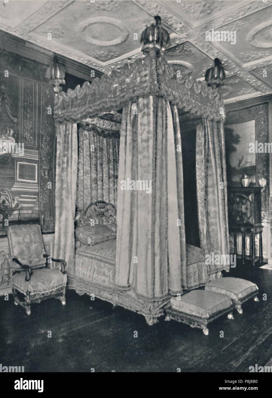 Schlafzimmer Des Königs An Knole. Mit Bettgestell Für James I Und ...