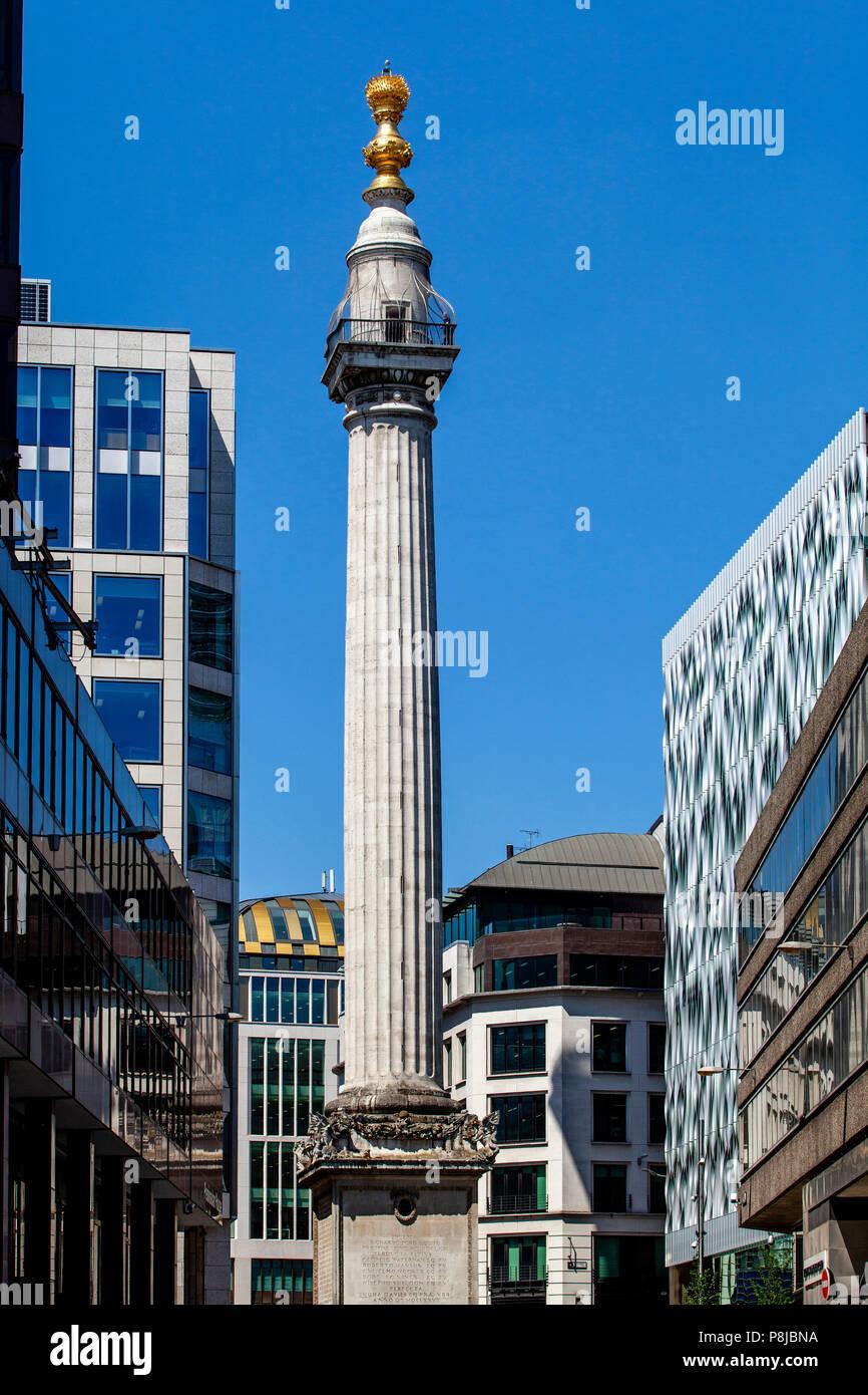 """Das Denkmal für den großen Brand von London, mehr als nur """"Das Denkmal"""" London, England bekannt Stockbild"""