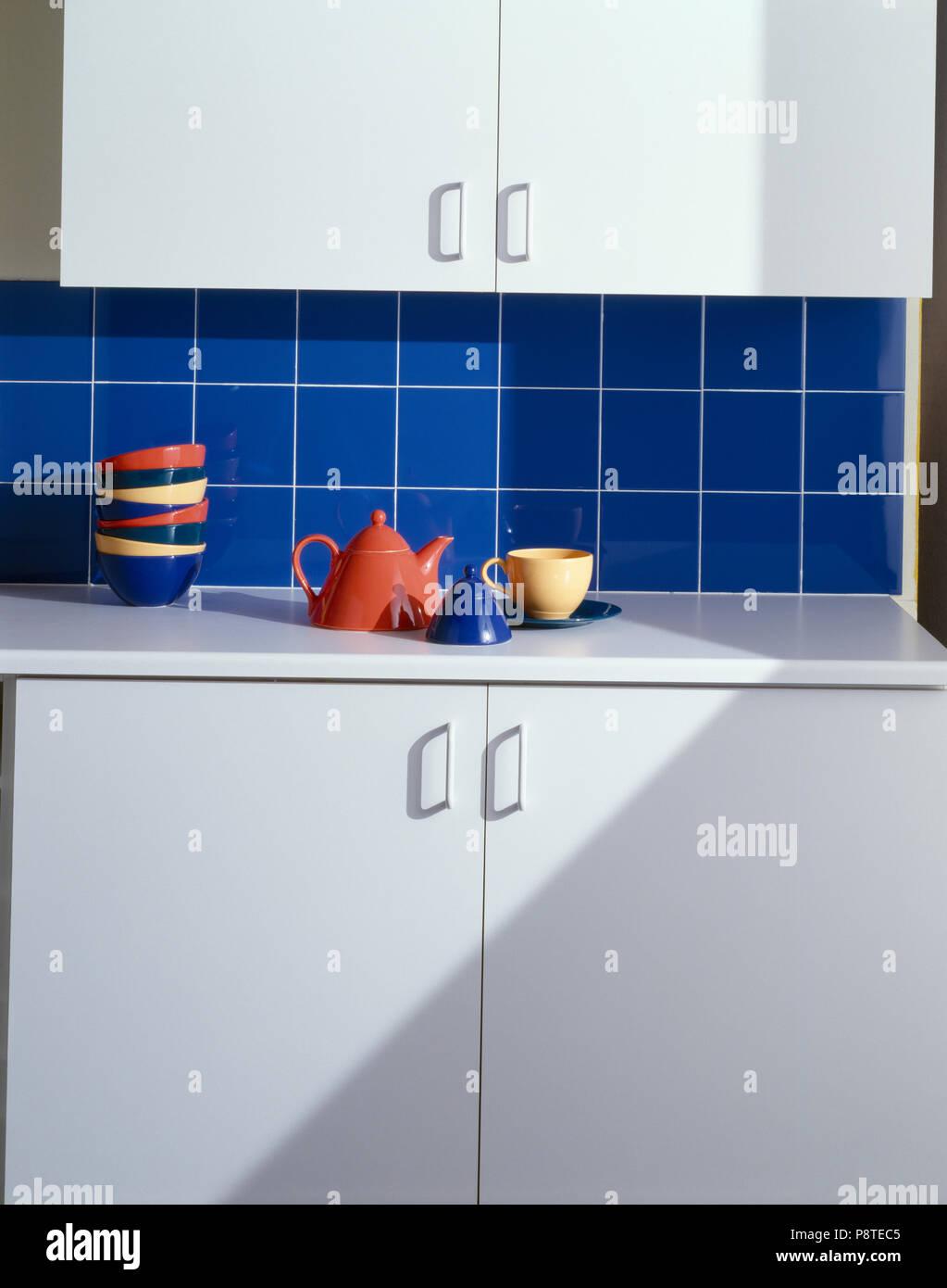 Schön Arbeitsplatte Küche Günstig Ideen - Heimat Ideen ...