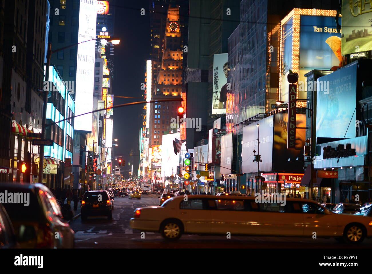 New York Times Square bei Nacht, am besten Times Square Foto Stockbild