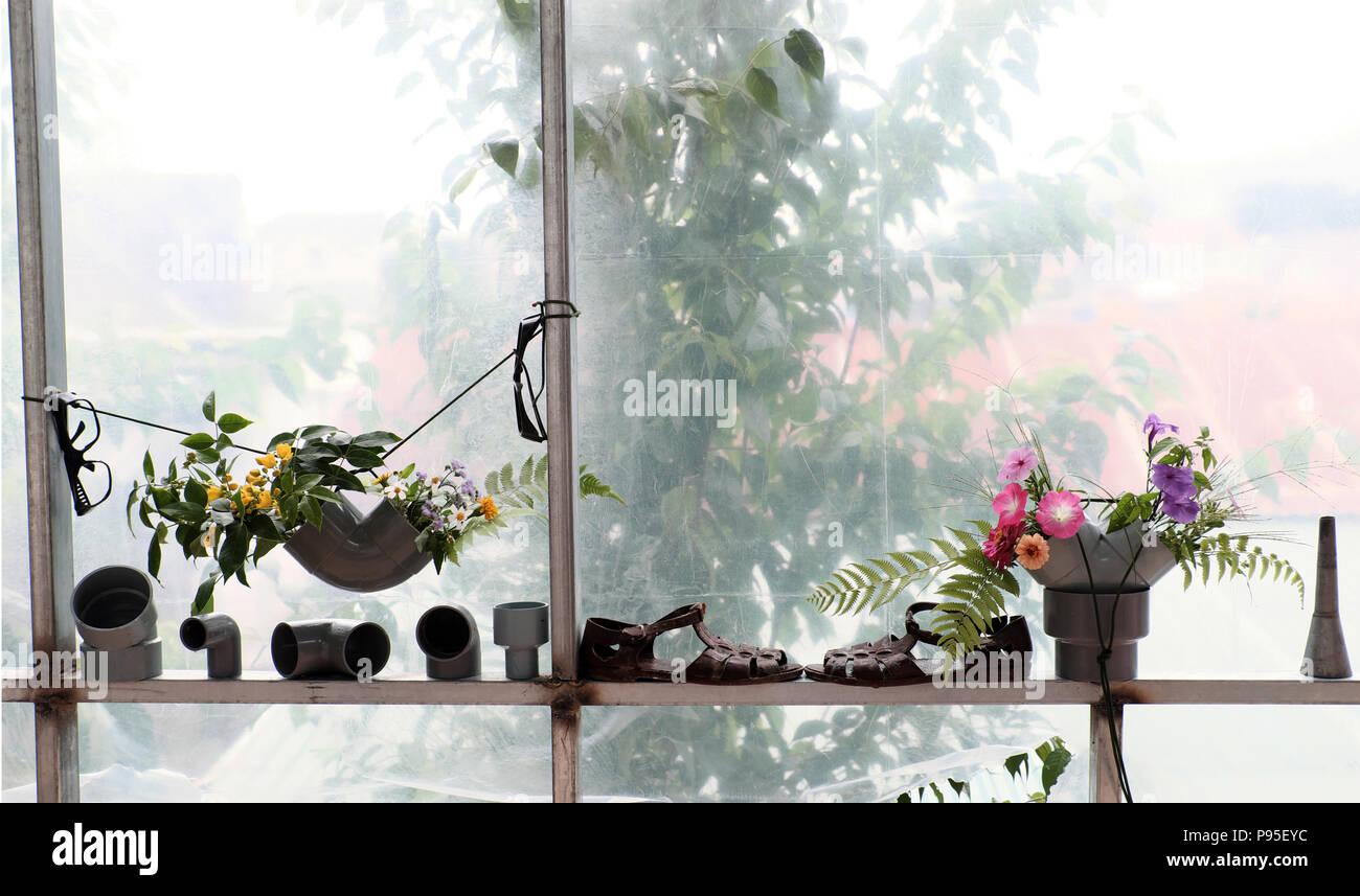 Freizeitaktivitäten mit Recycling von Abfällen vase Dekoration ...