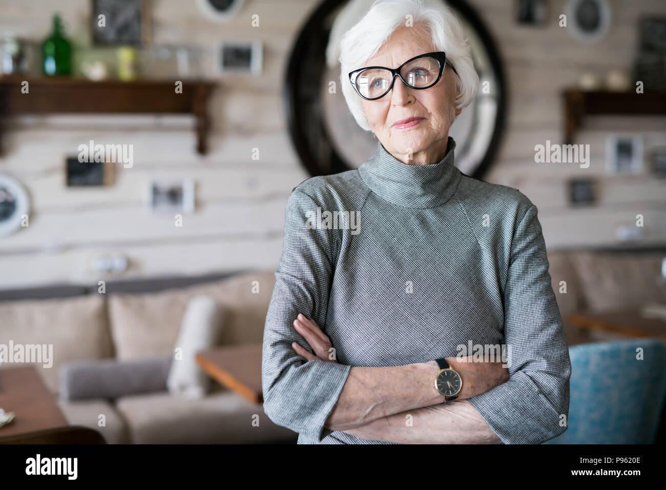 Elegante älteren Dame Stockbild