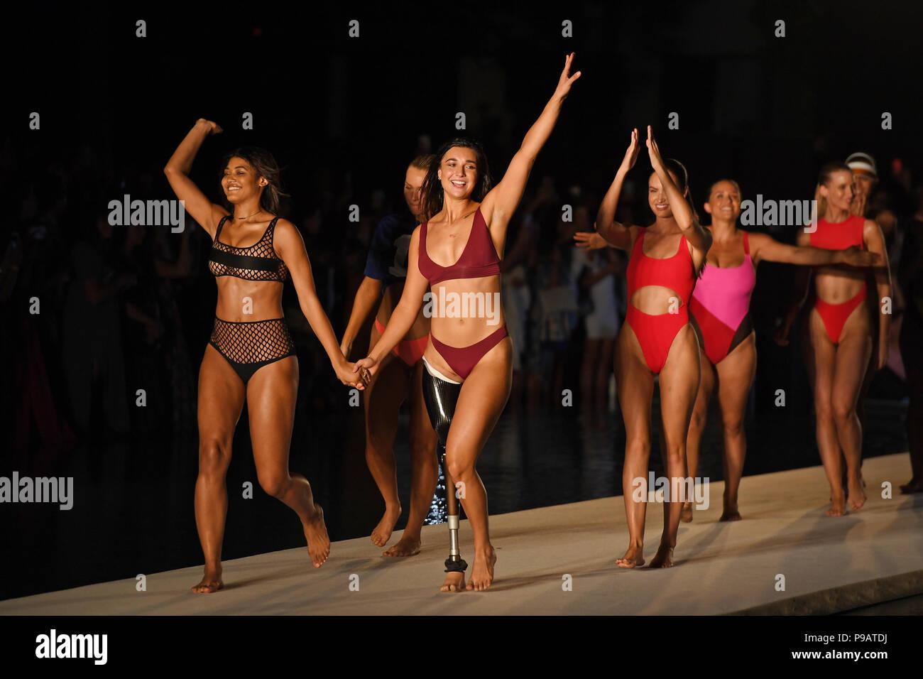 Miami Beach, FL, USA. Am 15. Juli 2018. Danielle Herrington und ...