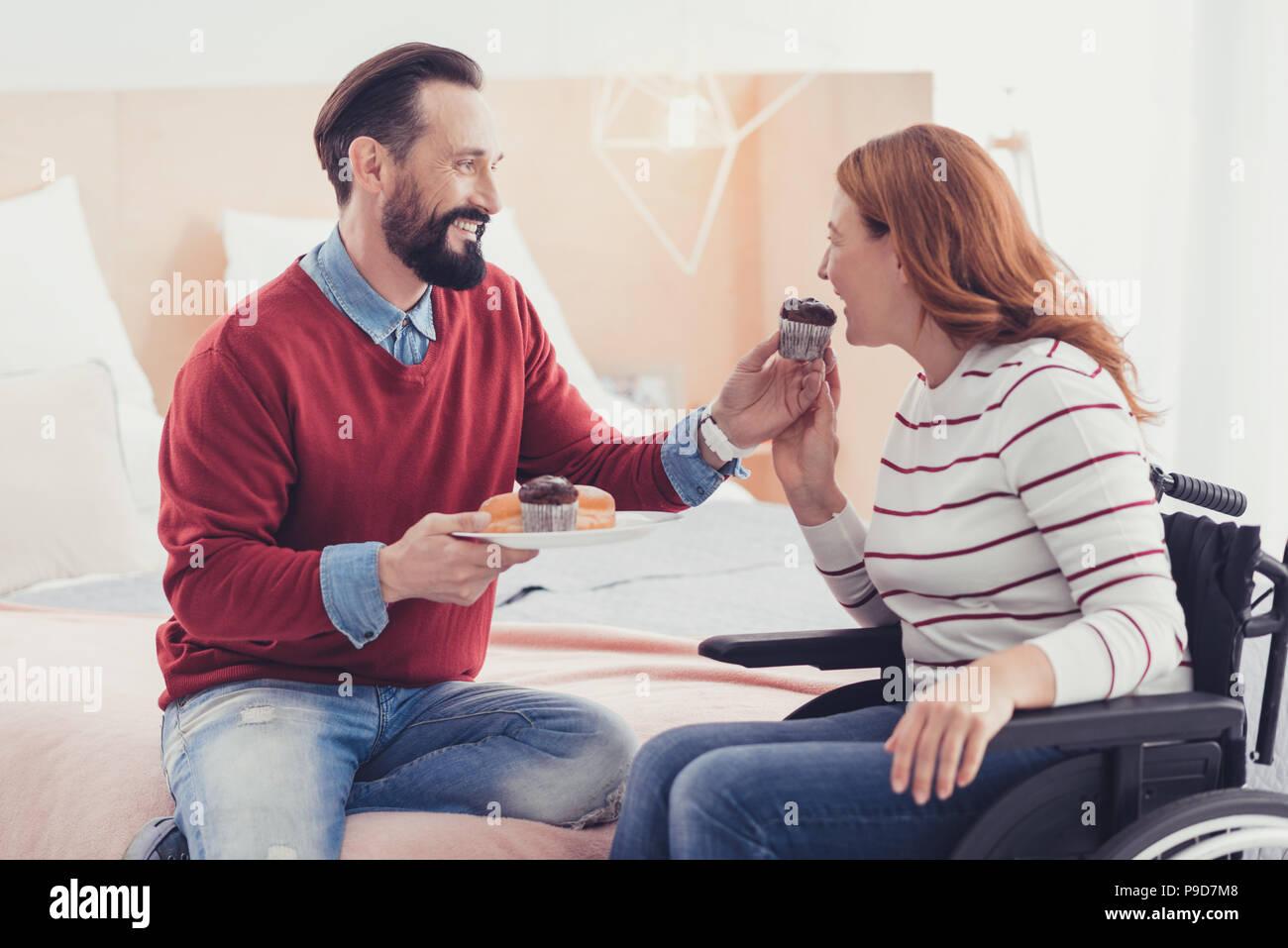 Dating gehbehinderte Frau