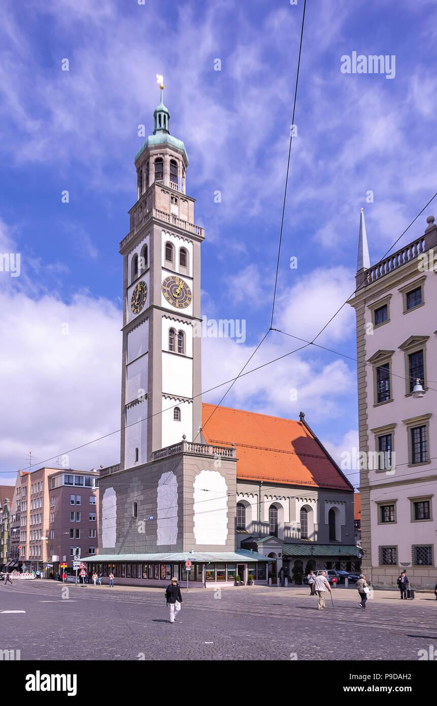 Augsburg, Bayern, Deutschland - Die historische Perlach Turm auf dem Stadtplatz. Stockfoto