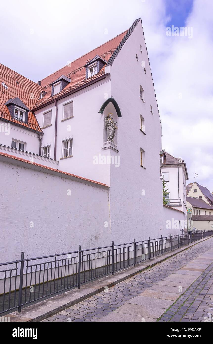 Augsburg, Bayern, Deutschland - Blick auf das Kloster der Franziskanerinnen der Stern Mariens. Stockfoto