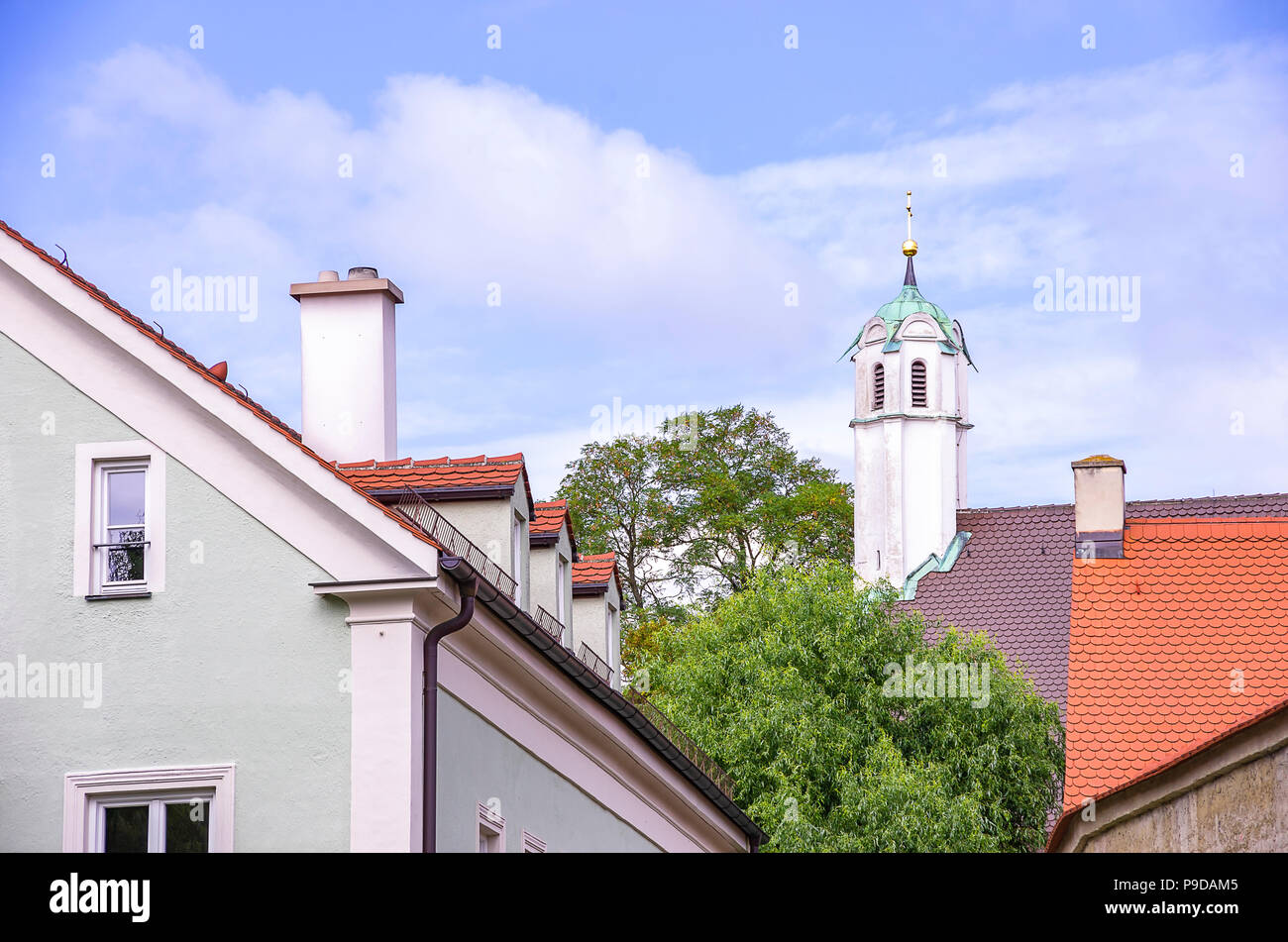 Augsburg, Bayern, Deutschland - Turm der Klosterkirche der Dominikanischen Kloster St. Ursula. Stockfoto