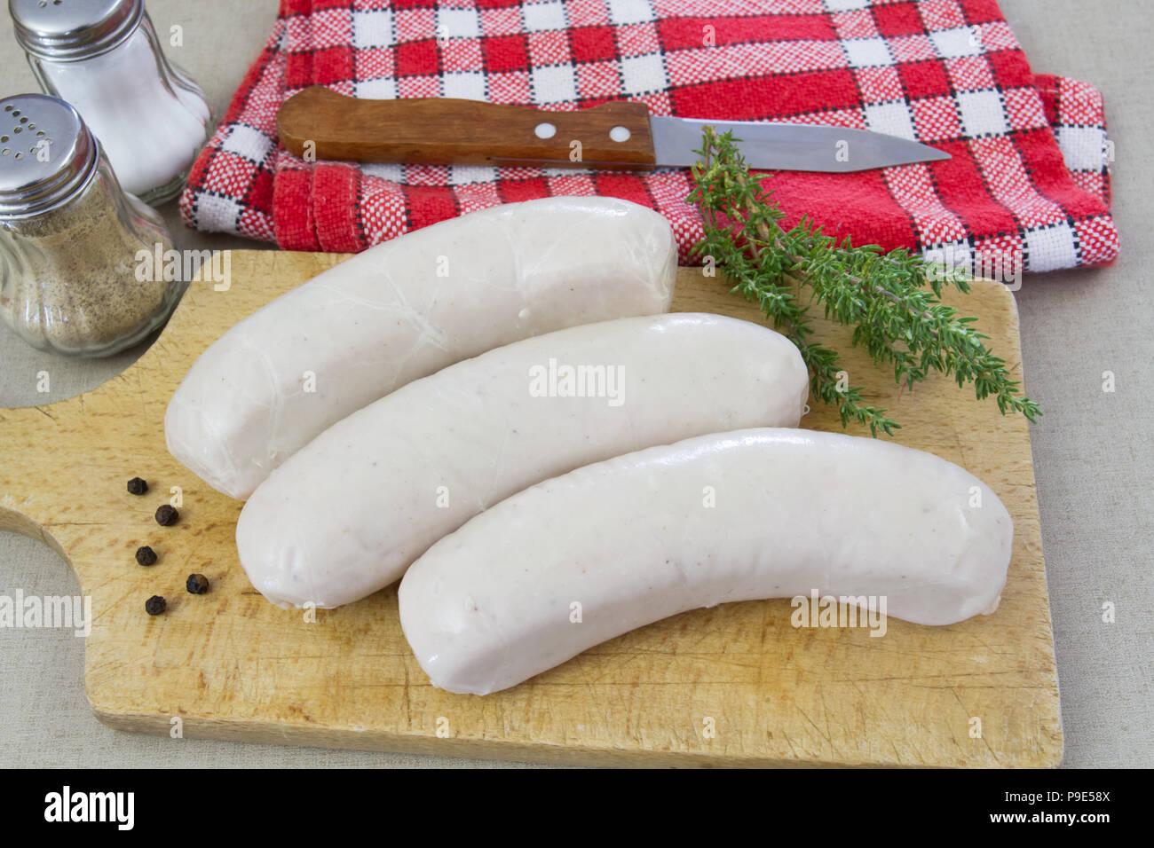 Vier weiße Pudding zu kochen Stockbild